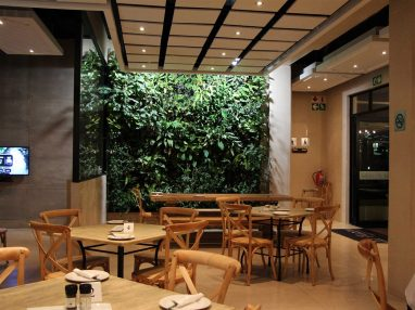 Grow-collective-La-Piazza-restaurant